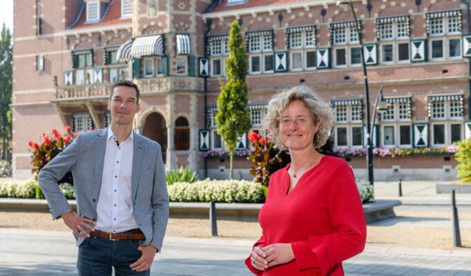 Ieke Roelofs en Roeland Sluiskes accountmanagers van het Ondernemersplein gemeente Zeist.